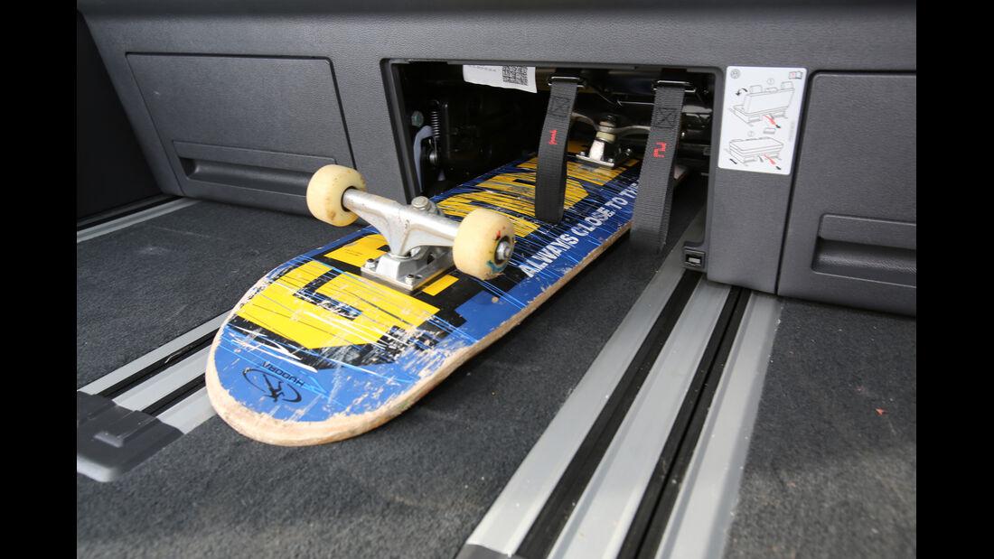 VW Multivan 2.0 TDI, Stauraum, Skateboard