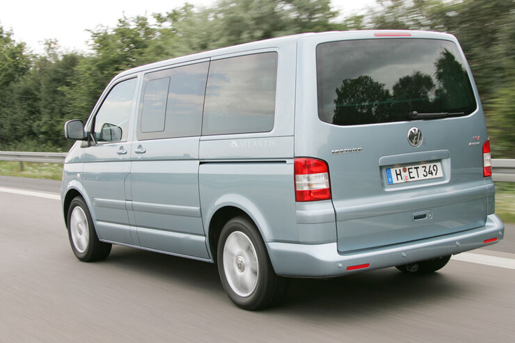 VW Multivan 2.5 TDI