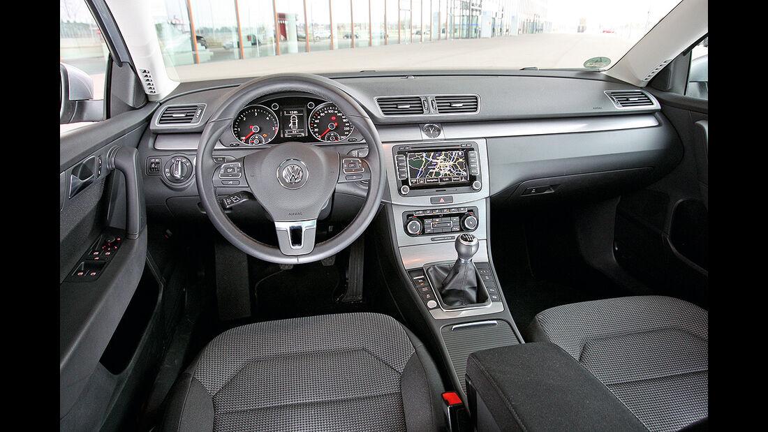 VW Passat 1.6 TDI Bluemotion, Innenraum, Cockpit