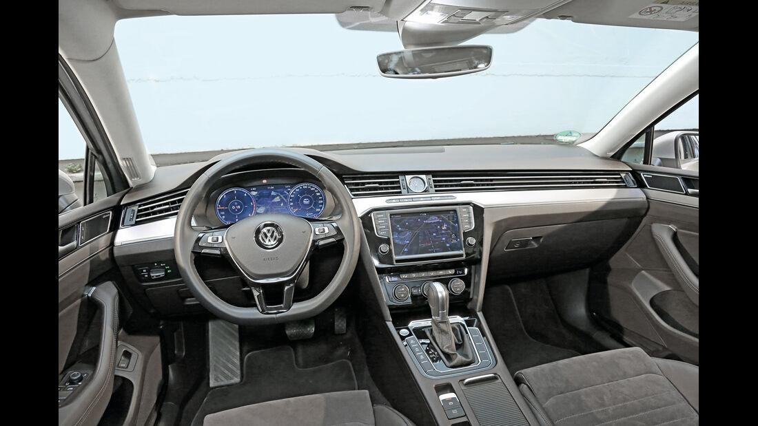 VW Passat 2.0 TDI 4Motion, Cockpit