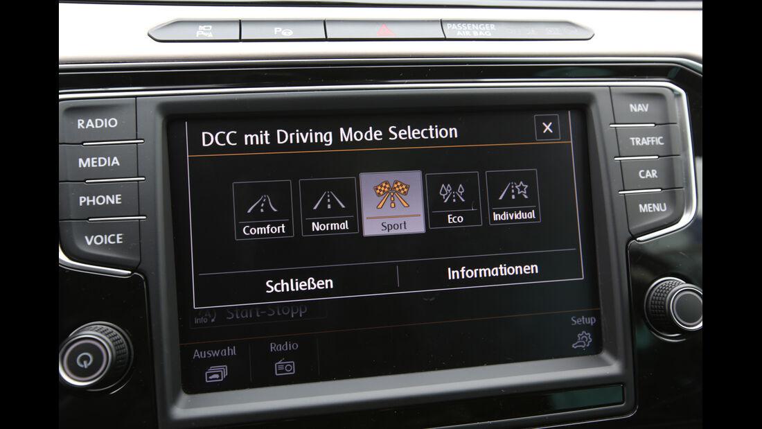 VW Passat 2.0 TDI 4Motion, Navi, Display