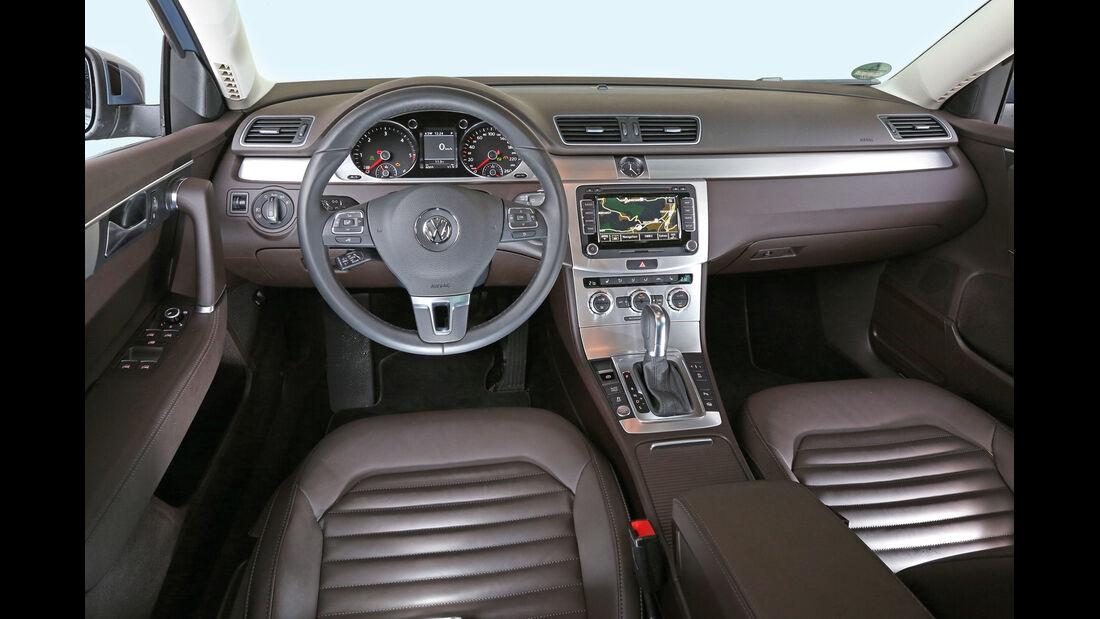 VW Passat 2.0 TDI DSG, Cockpit