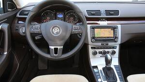 VW Passat 2.0 TDI DSG, Cockpit, Lenkrad