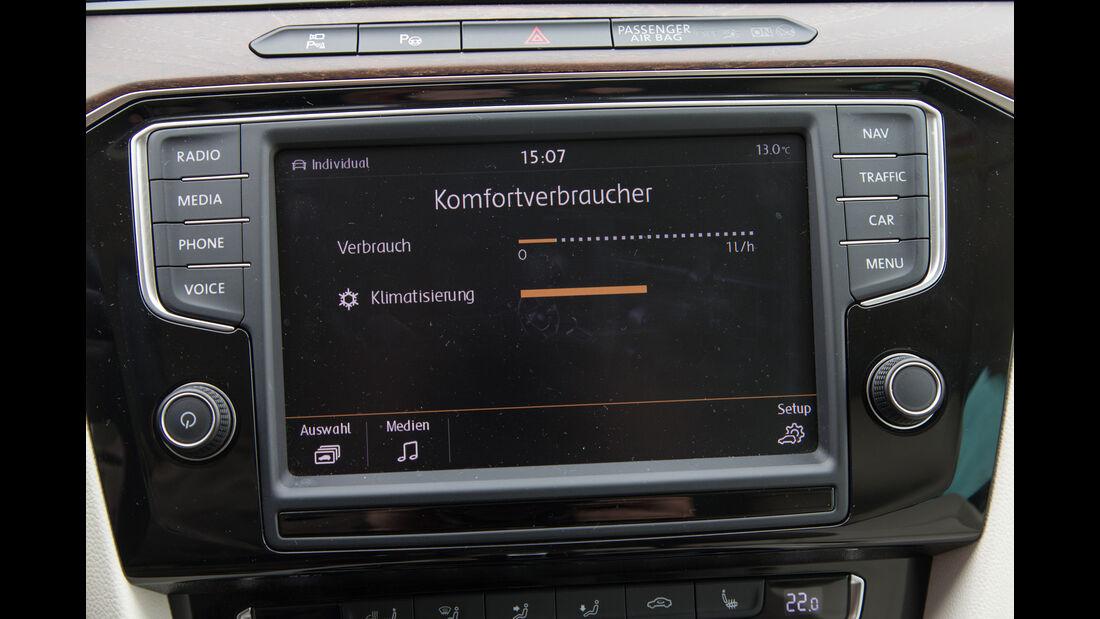 VW Passat 2.0 TSI, Anzeige, Infotainment