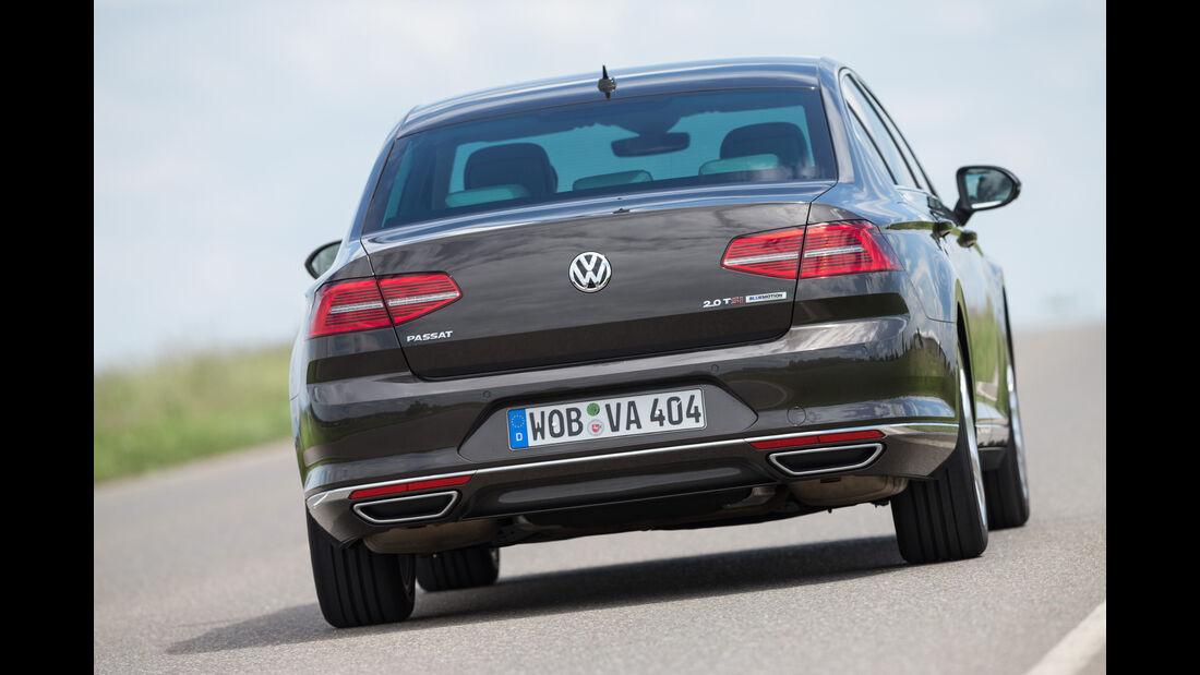 VW Passat 2.0 TSI, Heckansicht