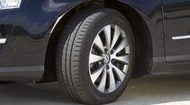 VW Passat Blue TDI Reifen
