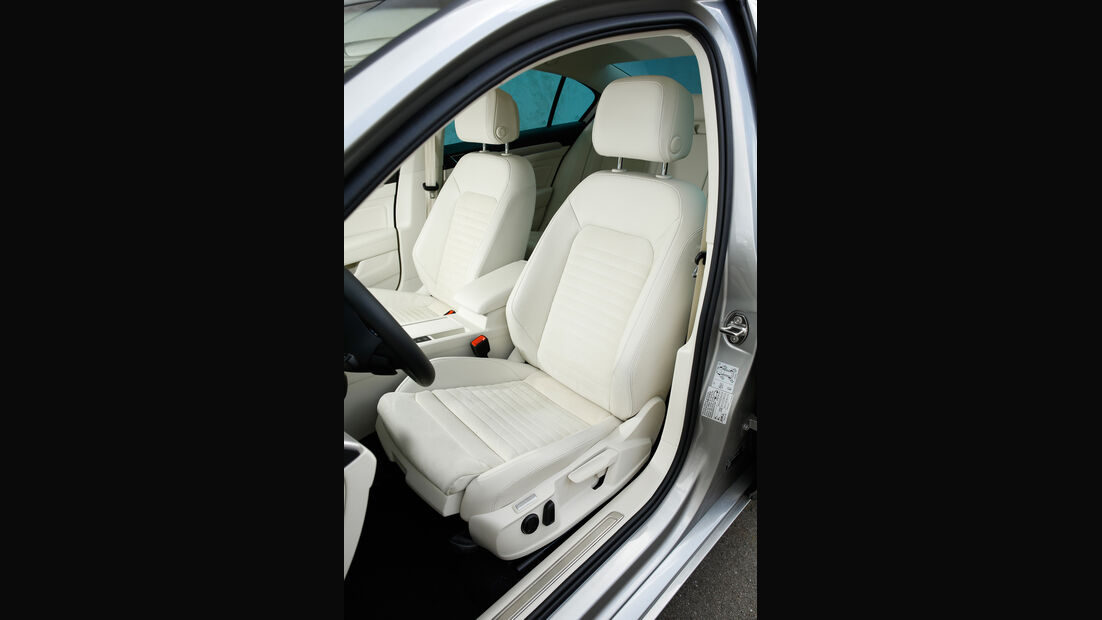 VW Passat GTE, Fahrersitz