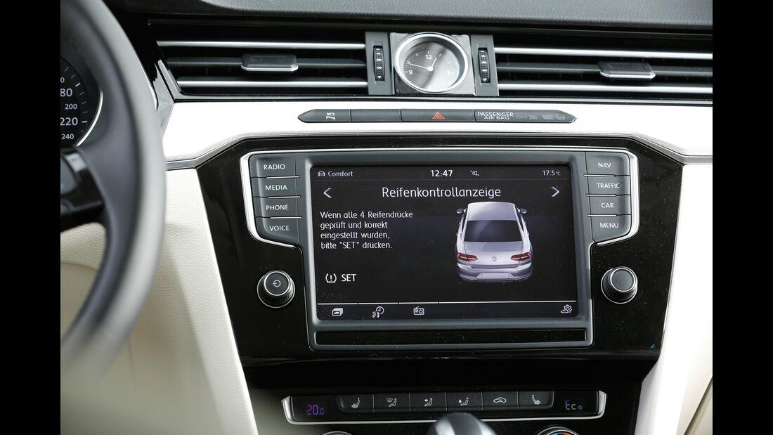 VW Passat GTE, Monitor, Infotainment