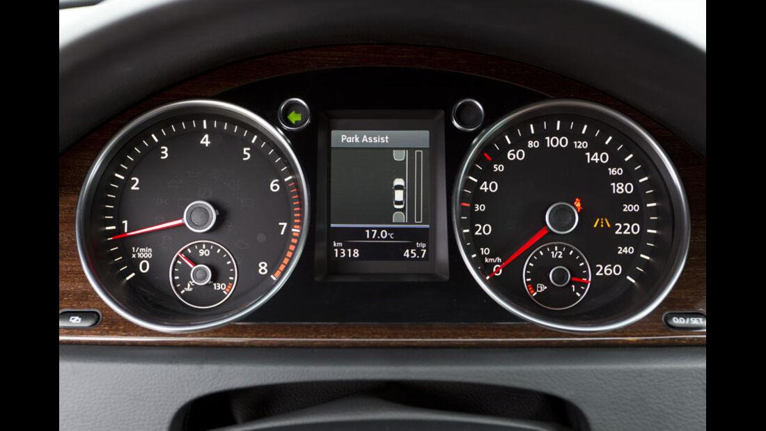 VW Passat, Mittelkonsole, Navigationssystem