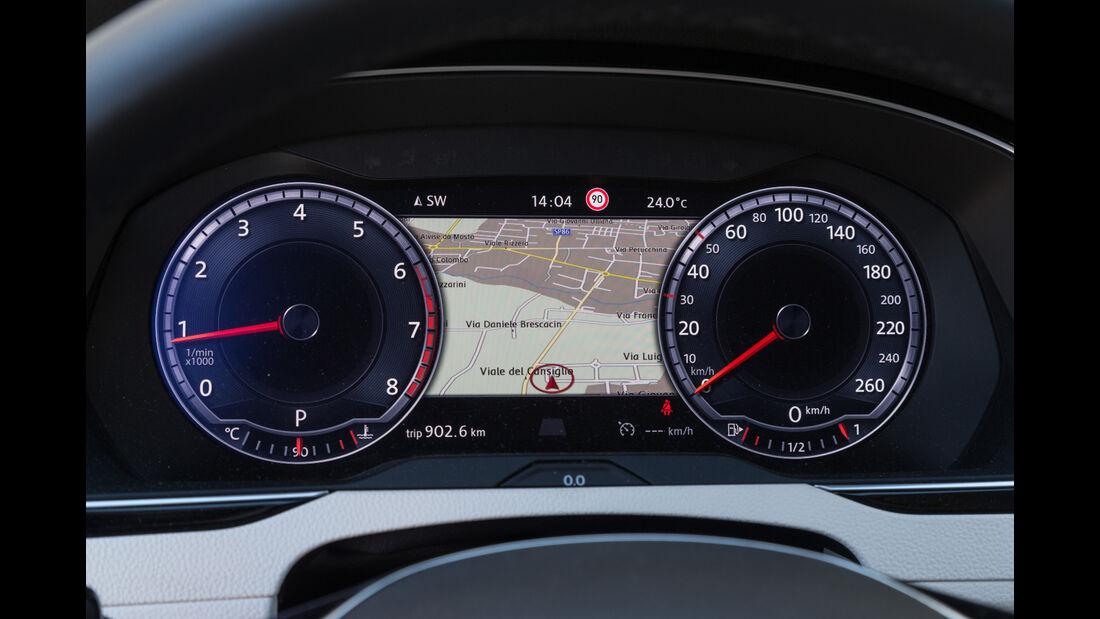 VW Passat, Rundinstrumente