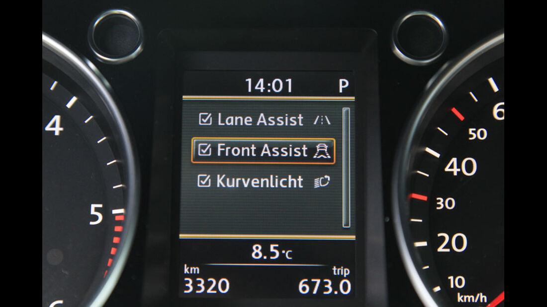 VW Passat, Spurhalteassistent