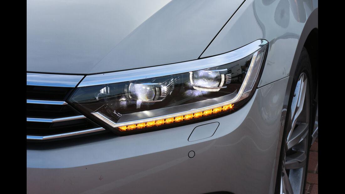 VW Passat Variant 2.0 TDI 4Motion, Frontscheinwerfer