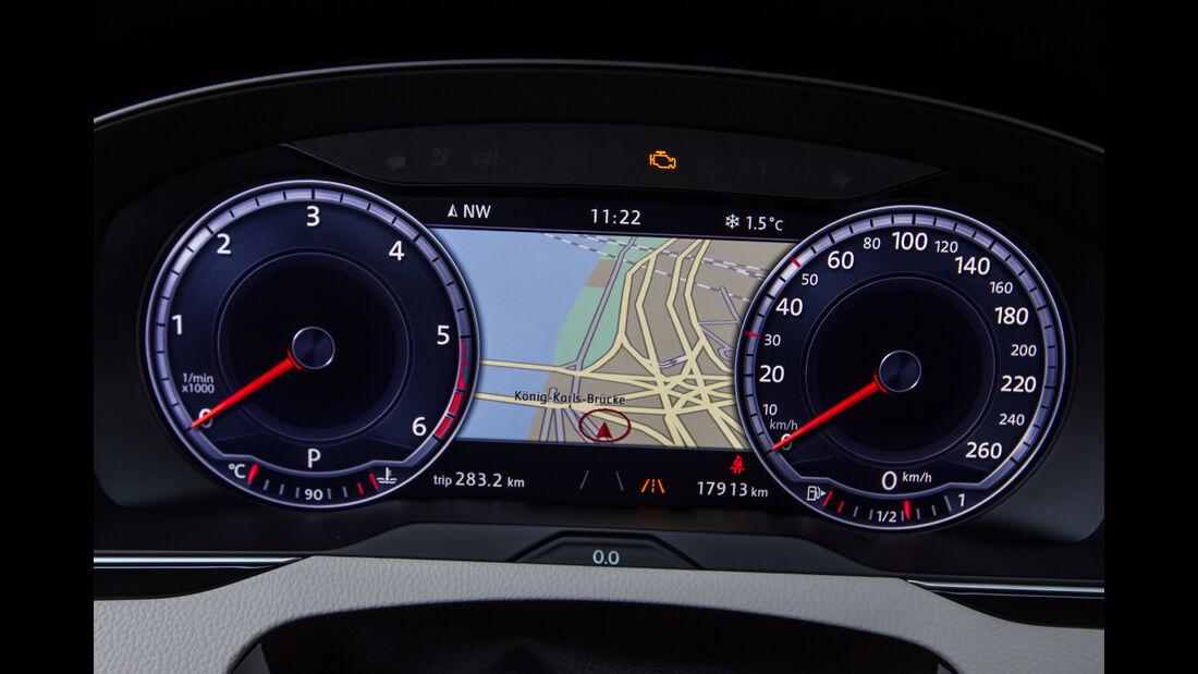 VW Passat Variant 2.0 TDI 4Motion Highline, Navi