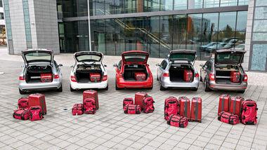 VW Passat Variant 2.0 TDI Highline, BMW 320d Touring Sportline, Audi A4 Avant 2.0 TDI Ambition, Mercedes C 220 CDI T Avantgarde, Skoda Superb Combi 2.0 TDI Eleg., Kofferraum