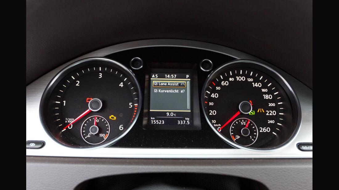 VW Passat Variant Blue TDI Highline, Detail, Anzeigeinstrumente, Tacho
