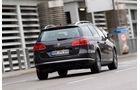 VW Passat Variant Blue TDI Highline, Rückansicht, Heck, Bremslicht