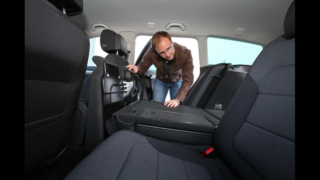 VW Passat Variant, Fond