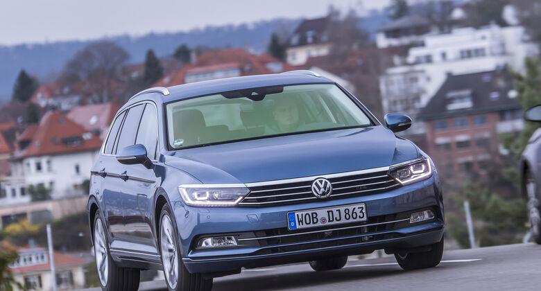 VW Passat Variant  Front