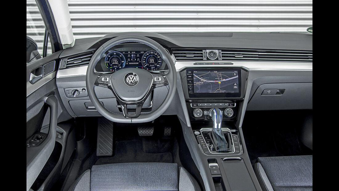 VW Passat Variant GTE, Interieur