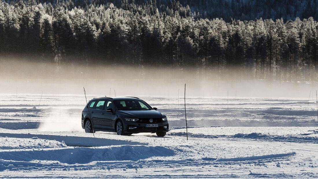 VW Passat Variant R