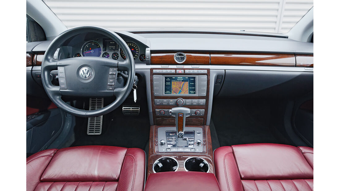 VW Phaeton, Cockpit