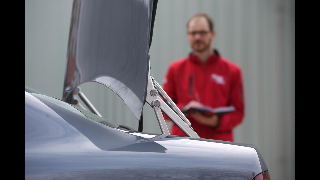 VW Phaeton, Kofferraum