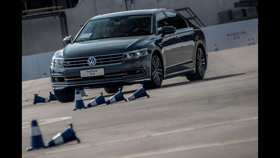 VW Phideon 480 V6 4Motion SAIC Shanghai China