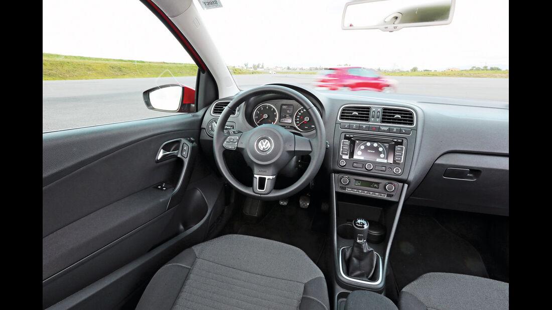 VW Polo 1.2 TSI BMT, Cockpit, Lenkrad