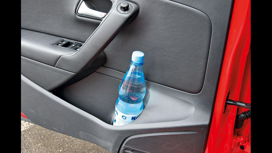 VW Polo 1.6 TDI Highline, Seitentür, Ablagefach