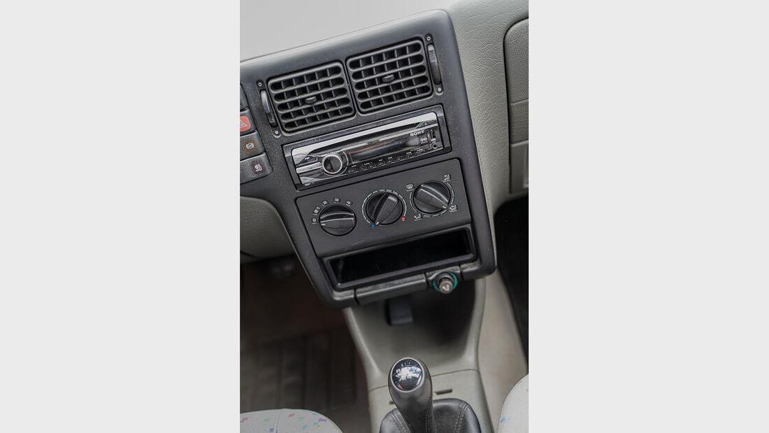 VW Polo 6N (1994-2001), Mittelkonsole