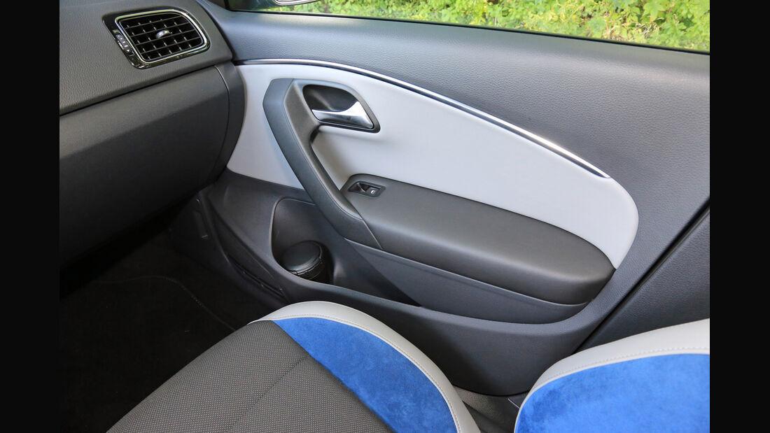 VW Polo BlueGT, Seitentasche