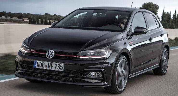 VW Polo VI GTI (2018) AW 2G schwarz dynamisch