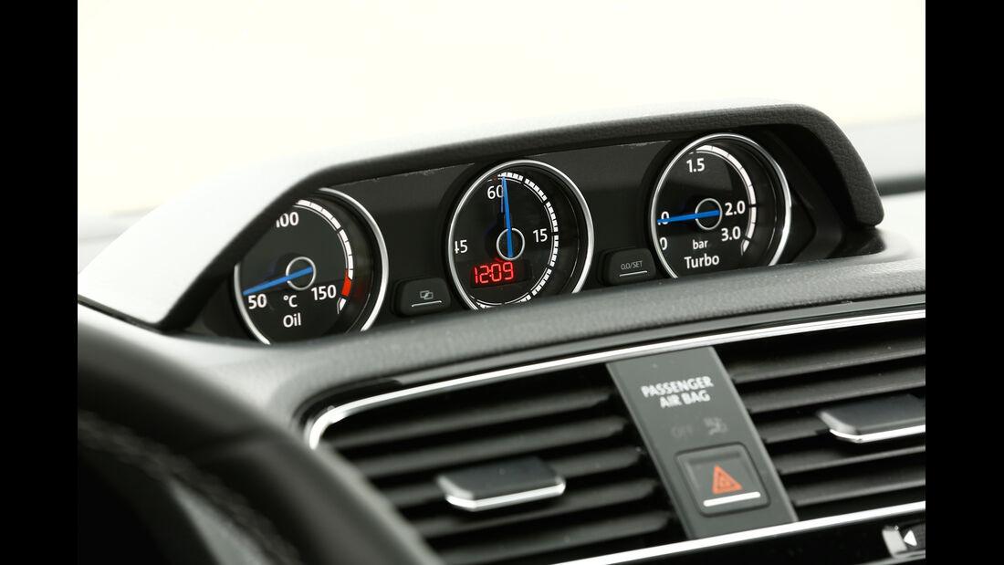 VW Scirocco R, Rundinstrumente