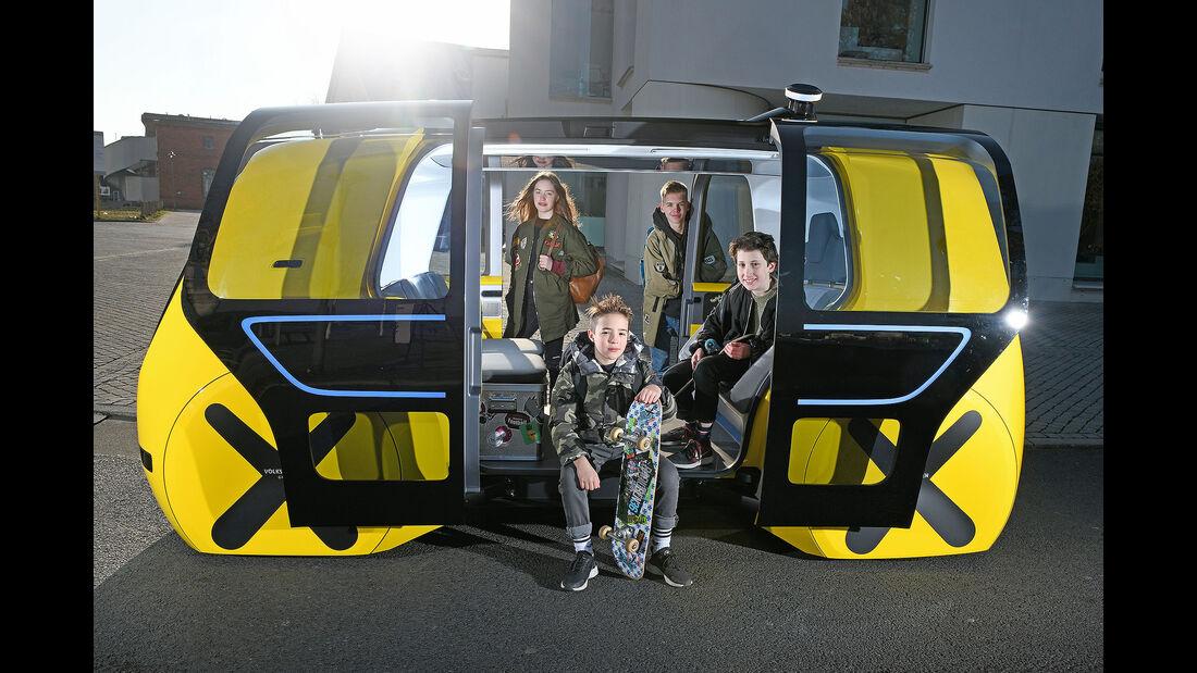 VW Sedric School Bus Genf 2018