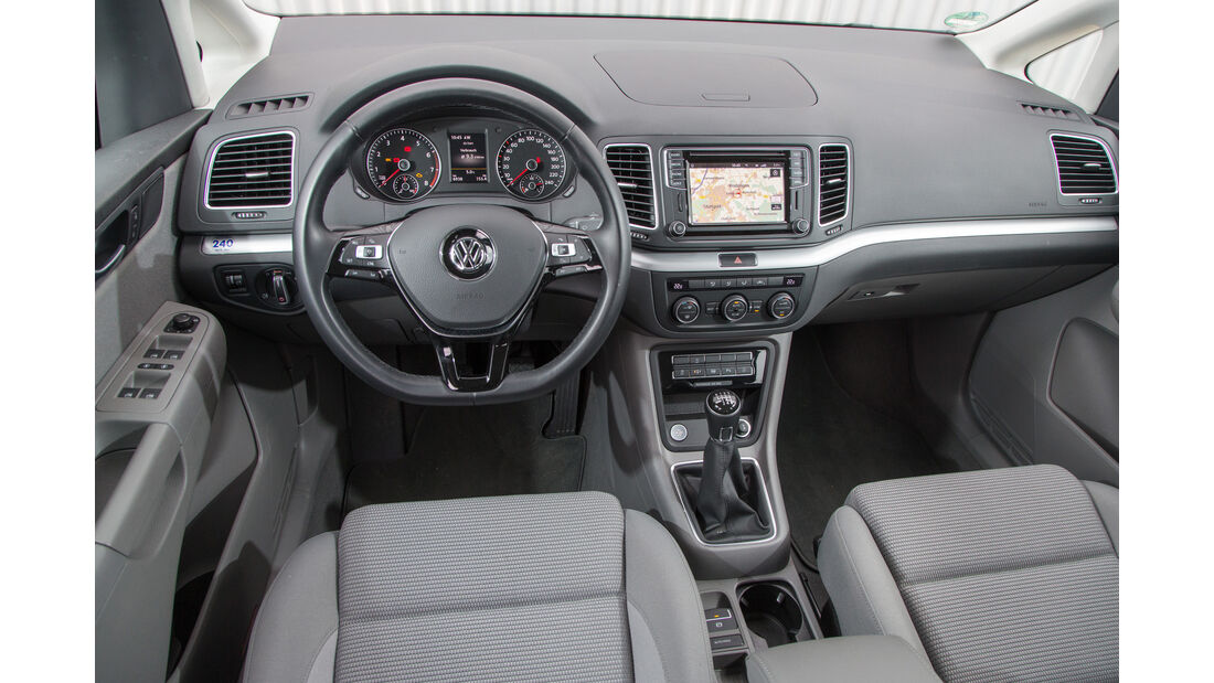 VW Sharan 1.4 TSI, Cockpit