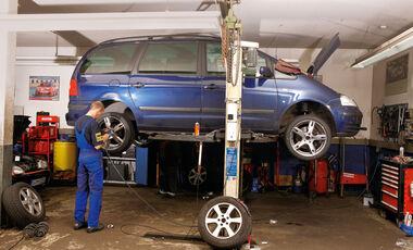 VW Sharan, Hebebühne