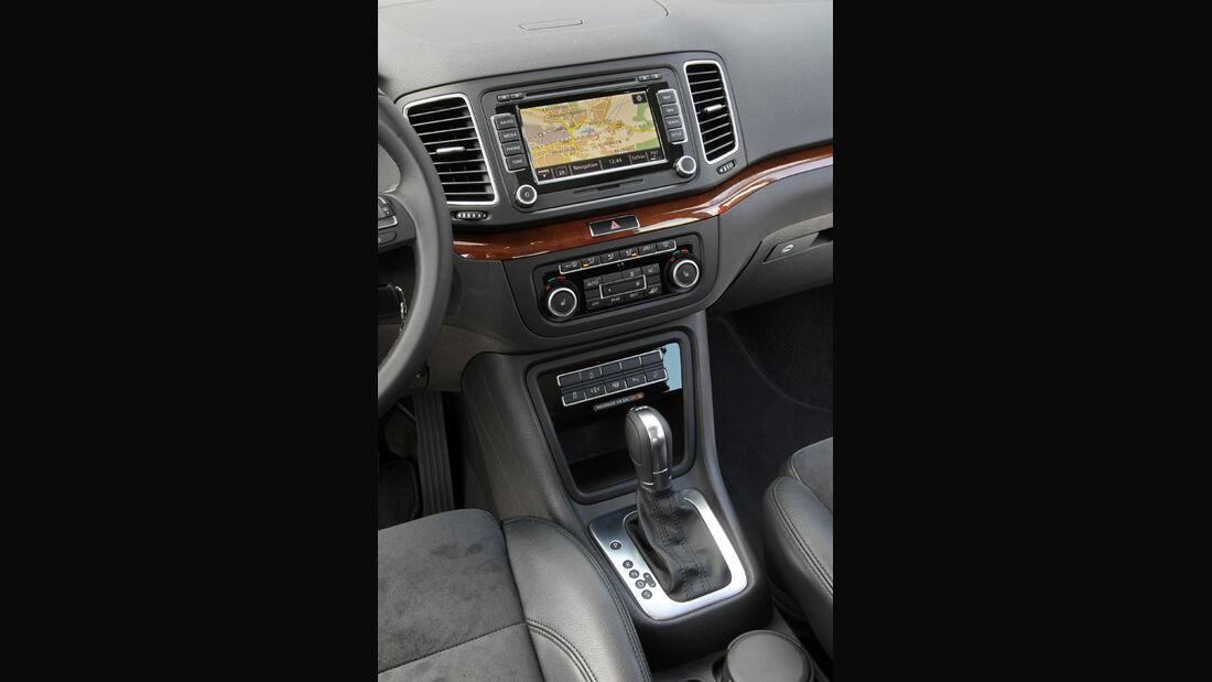 VW Sharan, Mittelkonsole