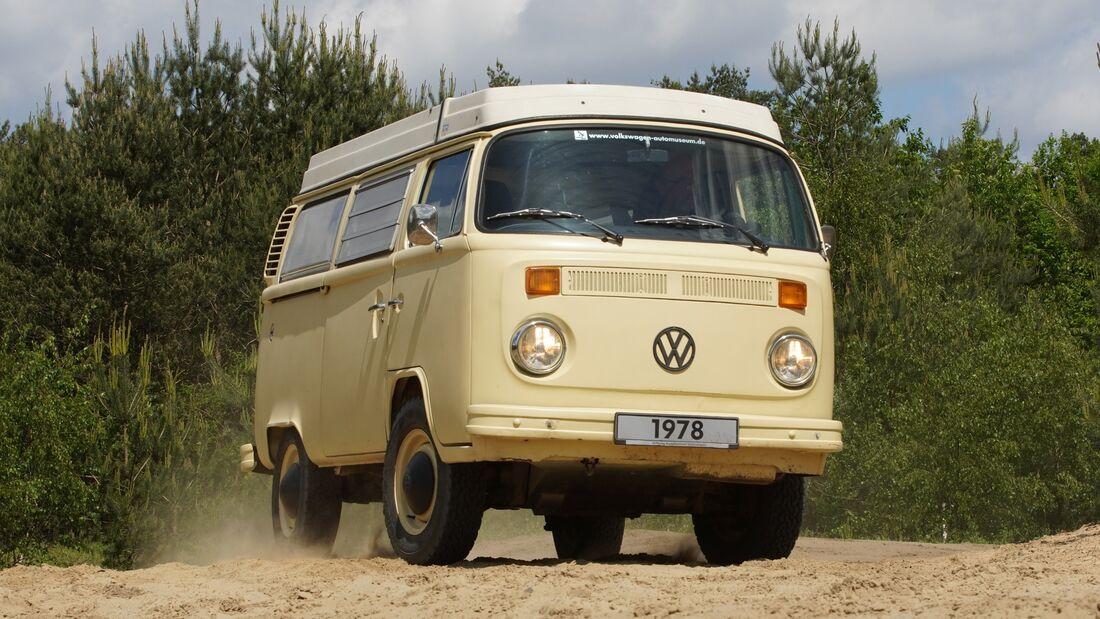 VW T2 Bus gegen VW T6 Seikel 4Motion