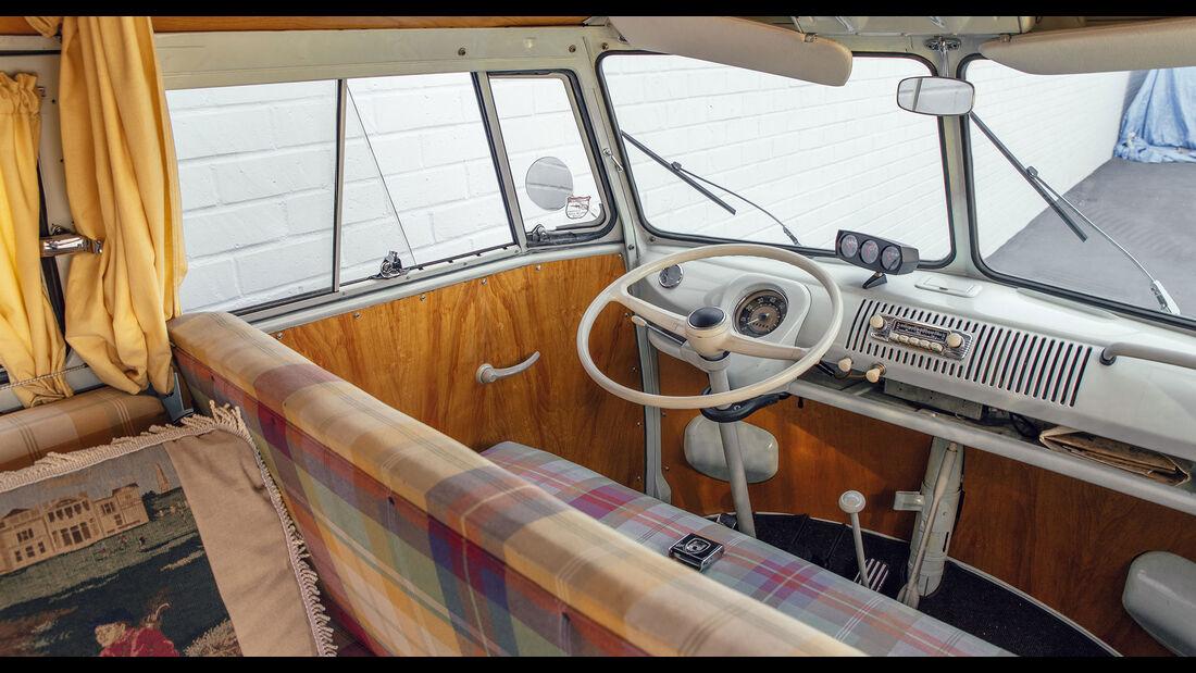 VW T2 Westfalia Camper (1962)