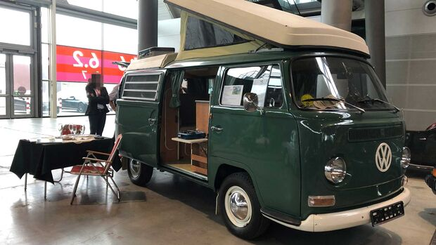 VW T2a Westfalia SO67 Camper (1968)