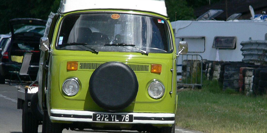 VW T2b Bus Camper