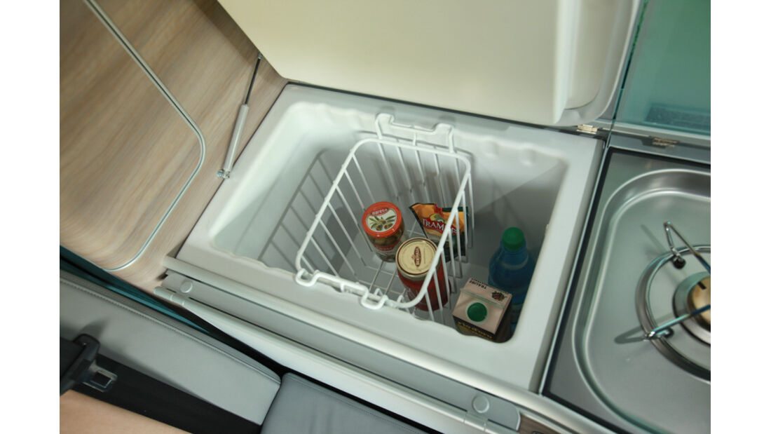 VW T5 California, Küche, Kühlschrank, Detail
