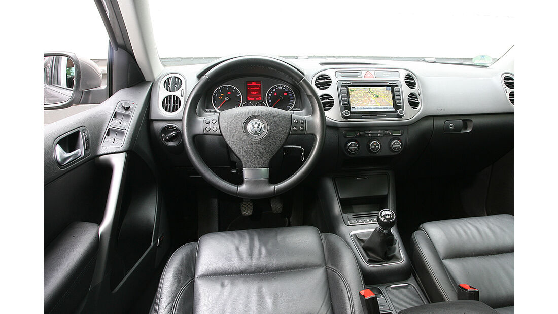 VW Tiguan 1.4 TSI 4Motion, Cockpit, Innenraum