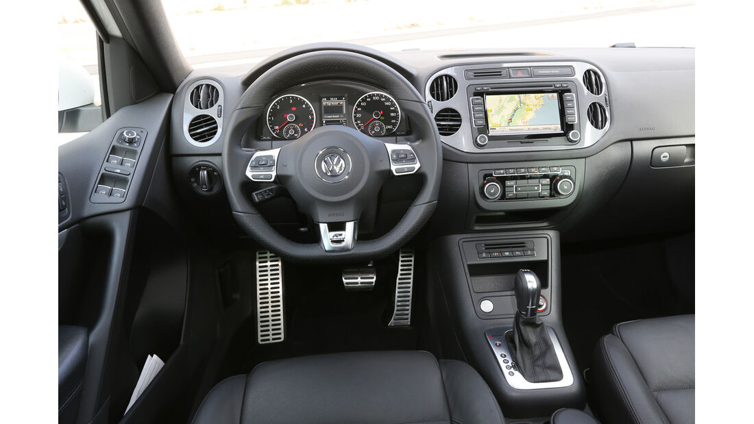 VW Tiguan 2.0 TDI 4Motion, Cockpit, Lenkrad