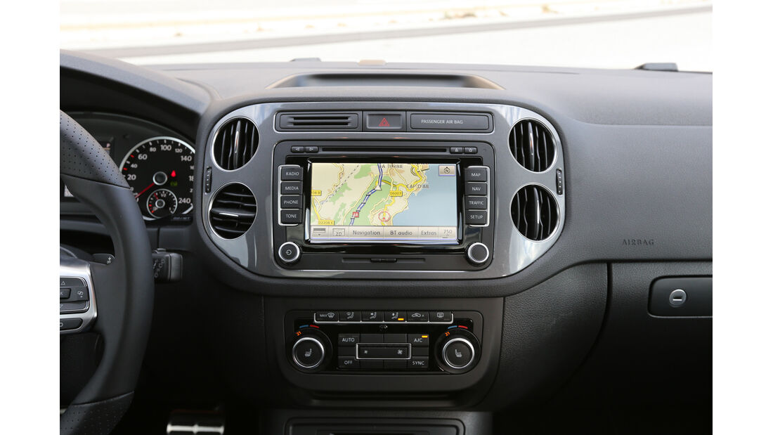 VW Tiguan 2.0 TDI 4Motion, Navi, Monitor