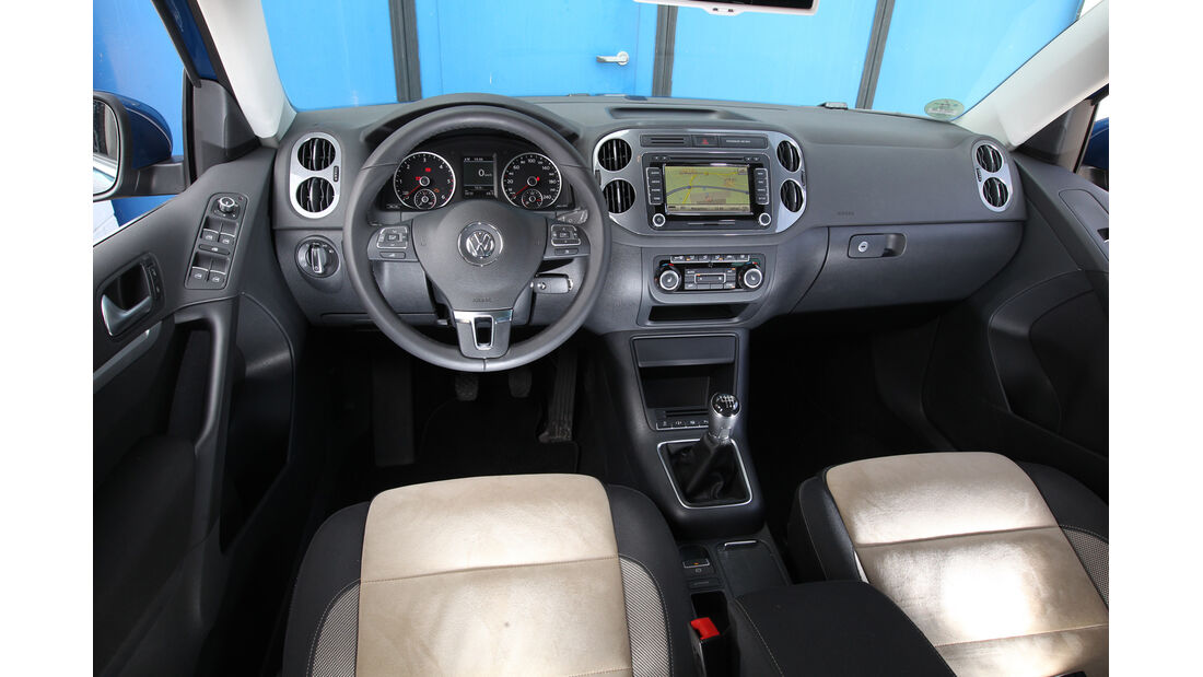 VW Tiguan 2.0 TDI BMT, Cockpit, Lenkrad