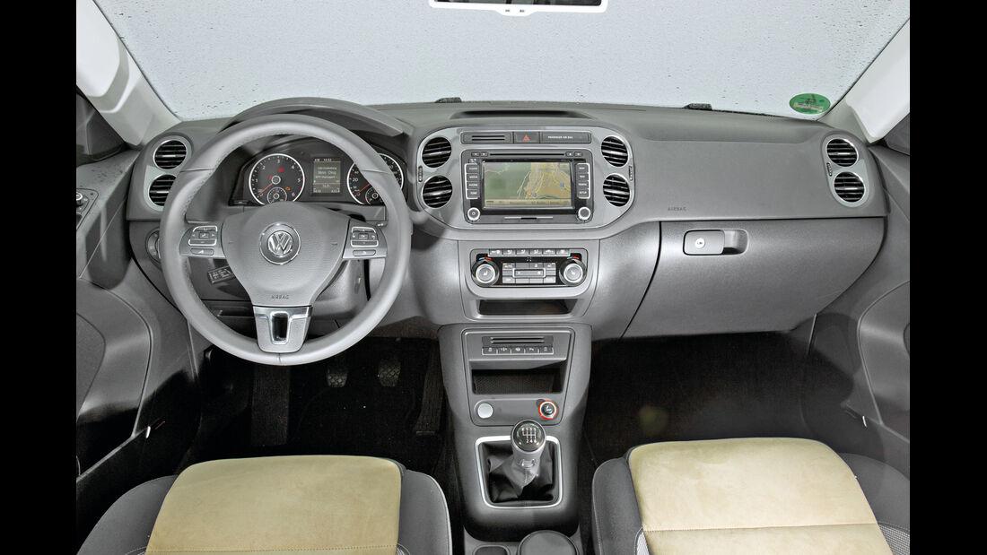 VW Tiguan 2.0 TDI, Cockpit, Lenkrad