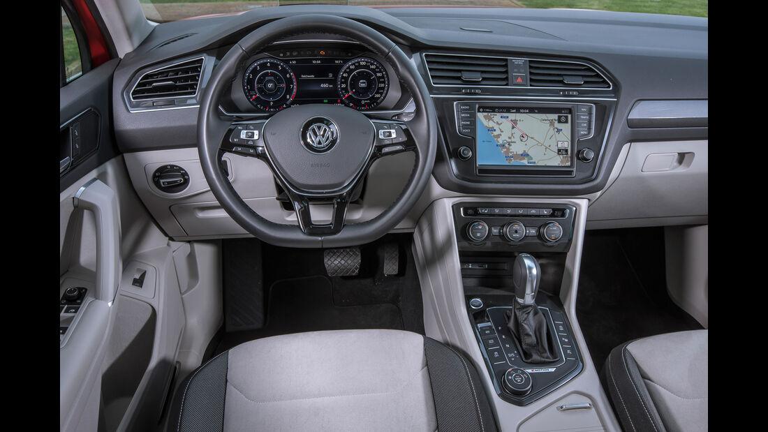 VW Tiguan 2.0 TSI 4Motion, Cockpit