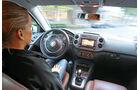 VW Tiguan 2.0 TSI 4motion Sport & Style, Cockpit