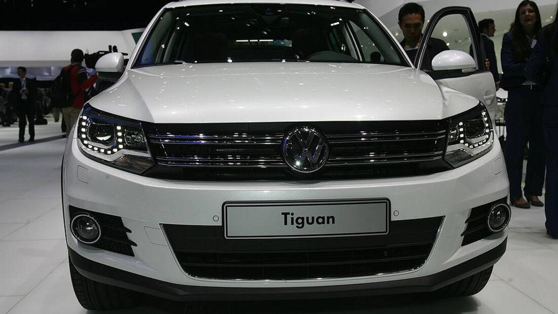 VW Tiguan 2011, Genfer Autosalon, Kühlergrill, Front, Scheinwerfer